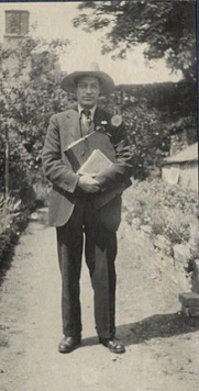 Duncan Grant in 1922.